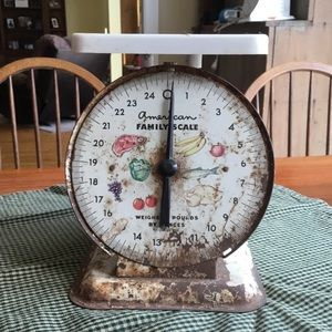 Other - Old Farmhouse style scale